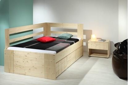 Postel z masivu, jednolůžko, vysoká postel Gazel