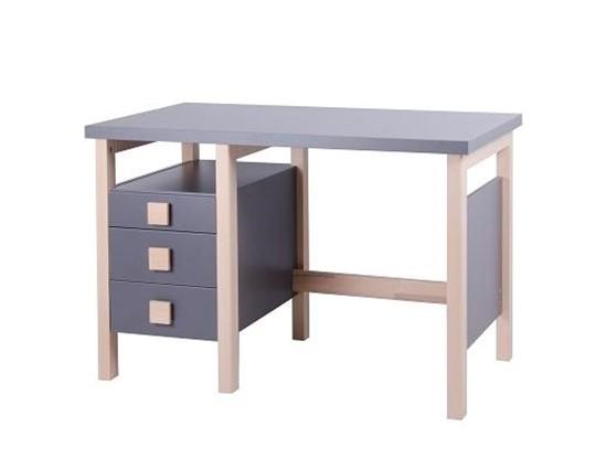Psací stůl pro děti. Gazel