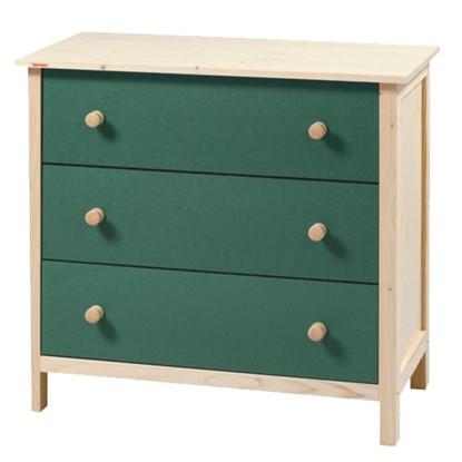 Dřevěná komoda s barevnými zásuvkami Gazel